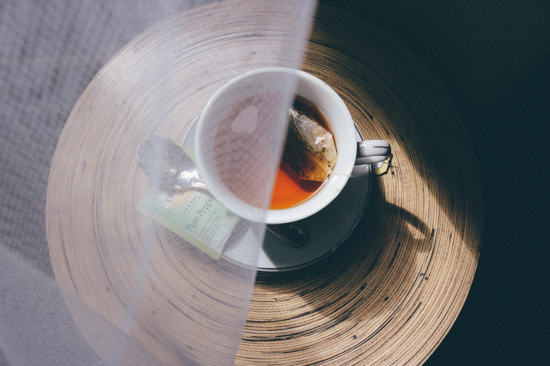 cup-of-tea-912677_1920