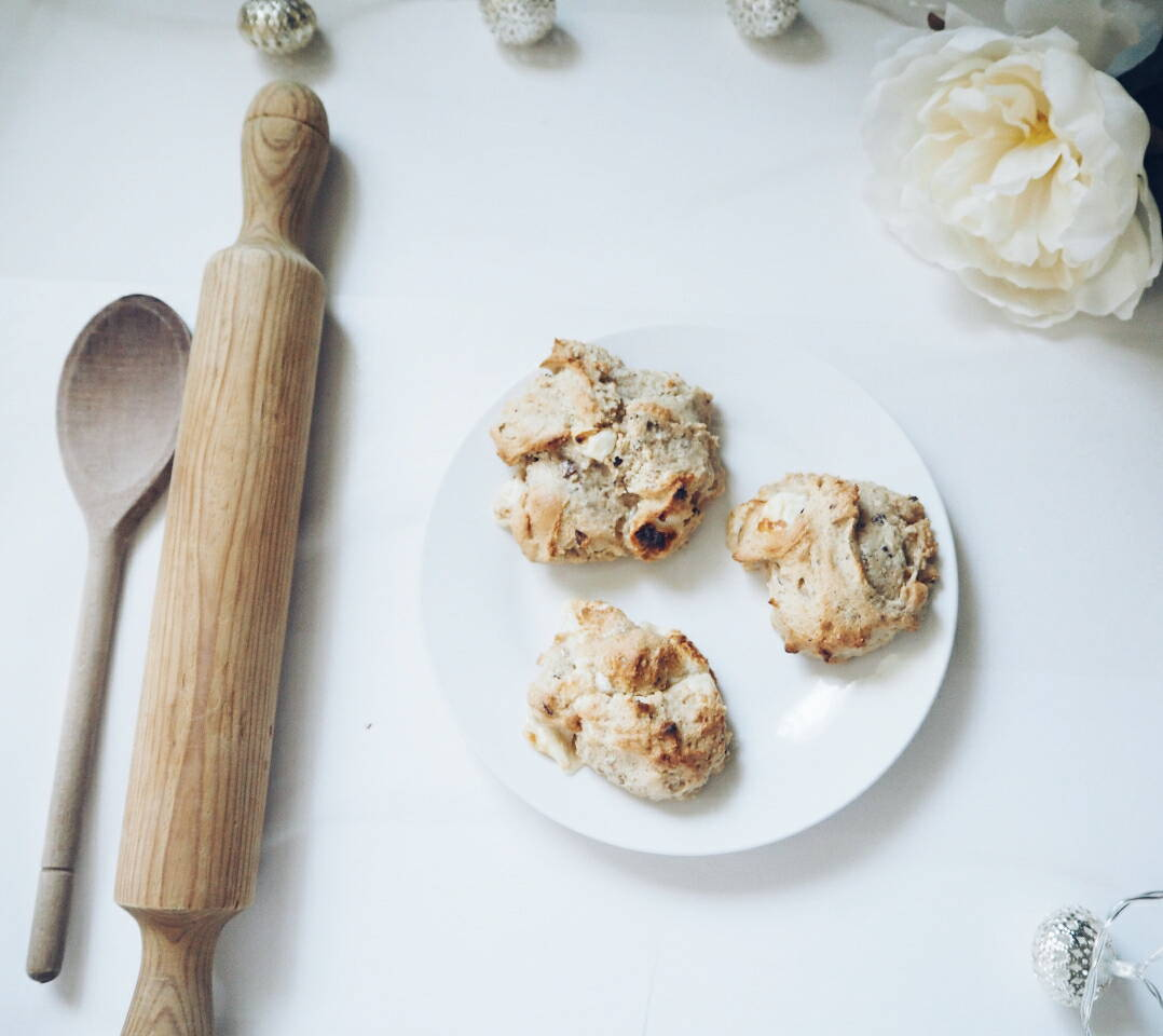 Cacao-Nib-And-Marshmallow-Cookies